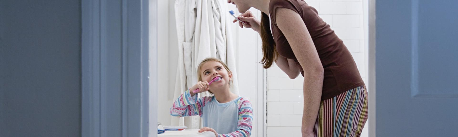 Apprendre l'hygiène bucco-dentaire à son enfant