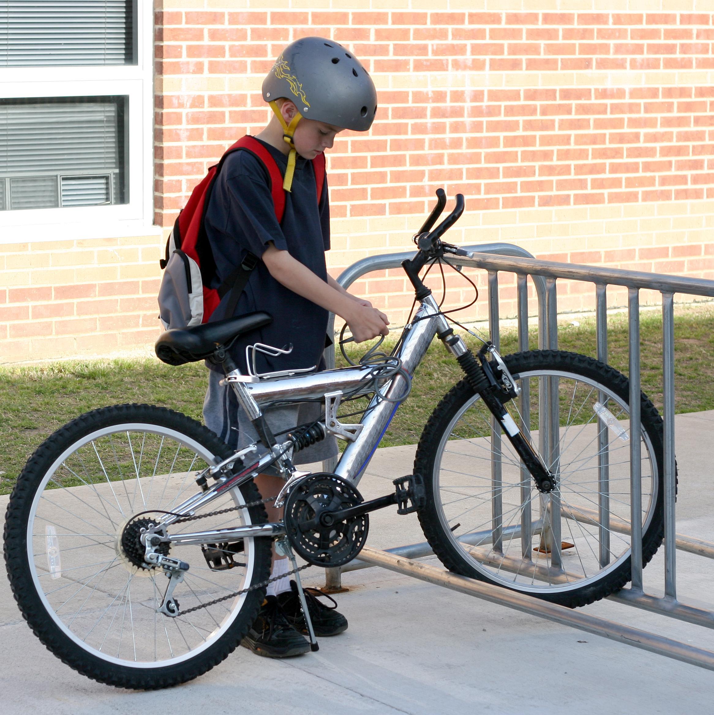 Premiers trajets de l'enfant à vélo