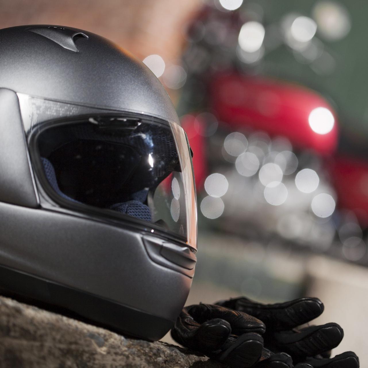 Equipement moto : casque et gants