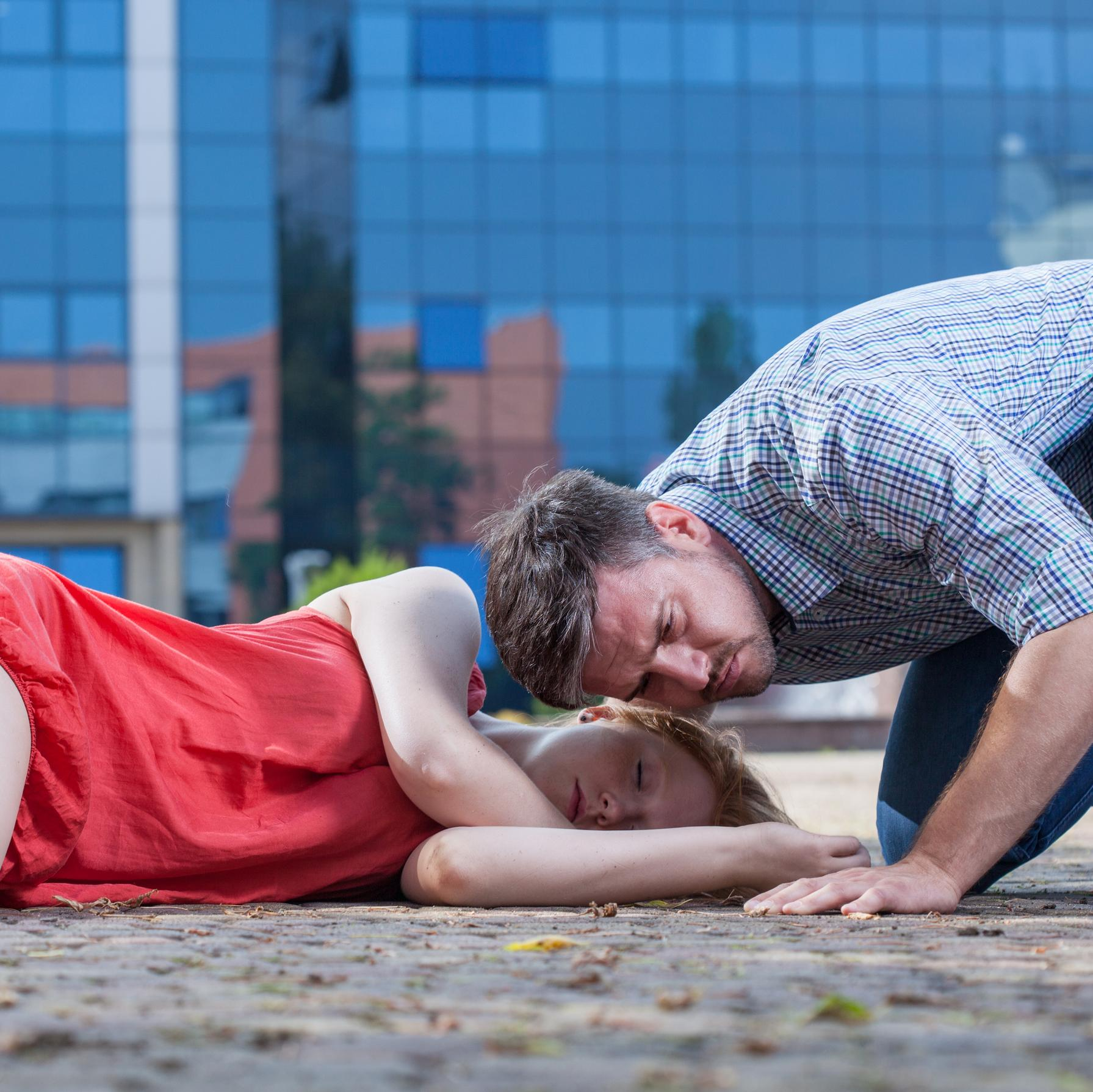 Secourir une victime de convulsions : les gestes d'urgence !