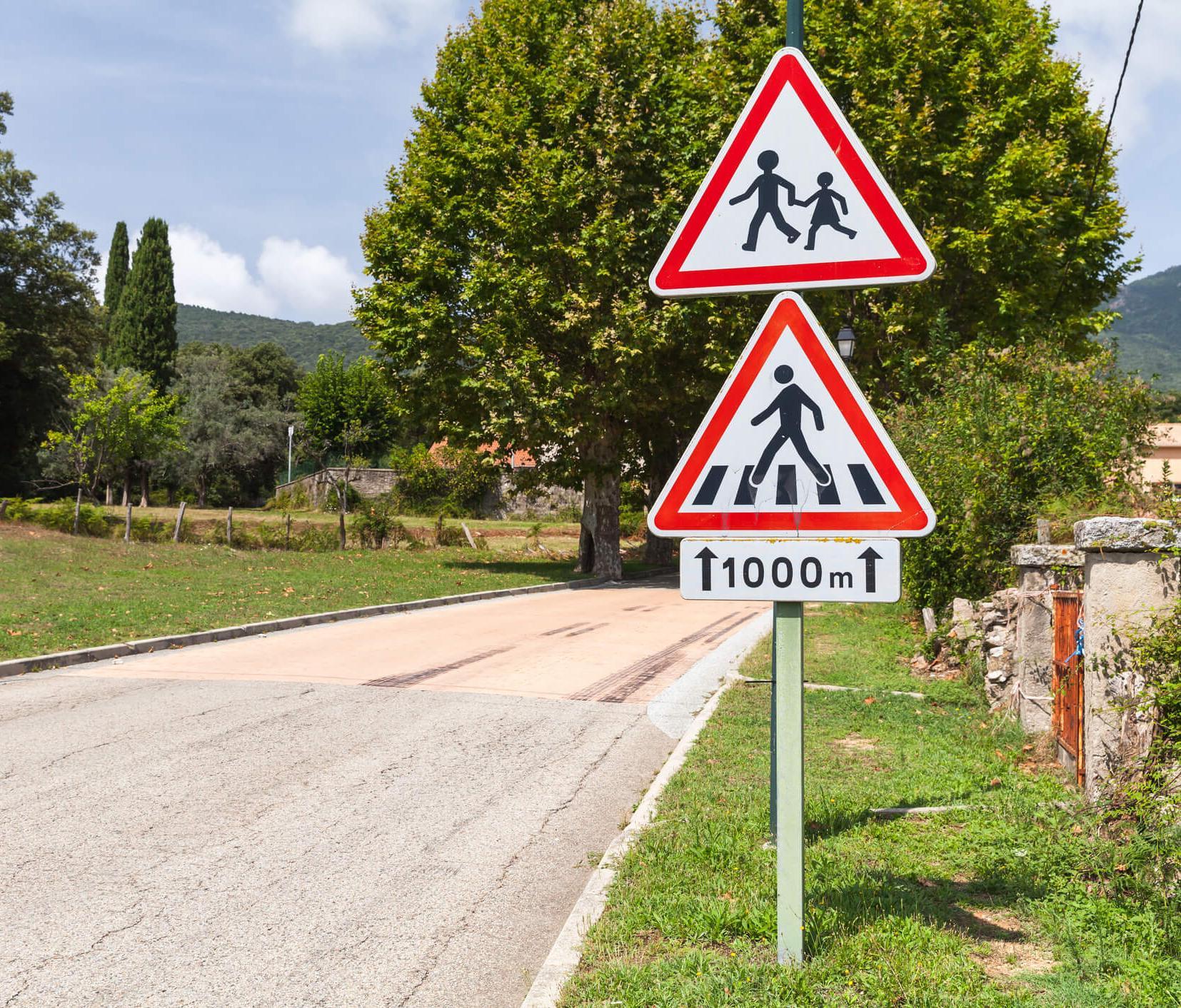 Quiz interactif : testez vos connaissances des panneaux de signalisation